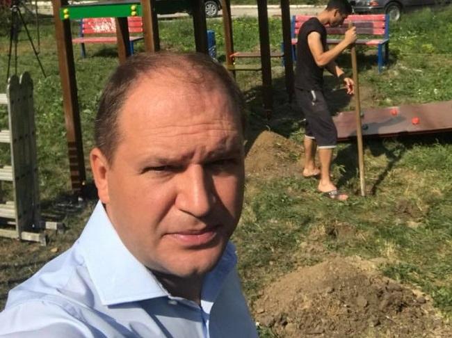 Усилия социалистов – на благо кишиневцев: в столице устанавливаются детские площадки (ФОТО)