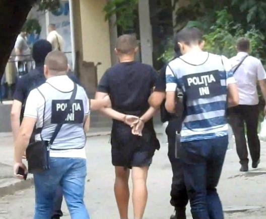 Полицией разоблачена крупная преступная группировка, терроризировавшая всю страну (ВИДЕО)