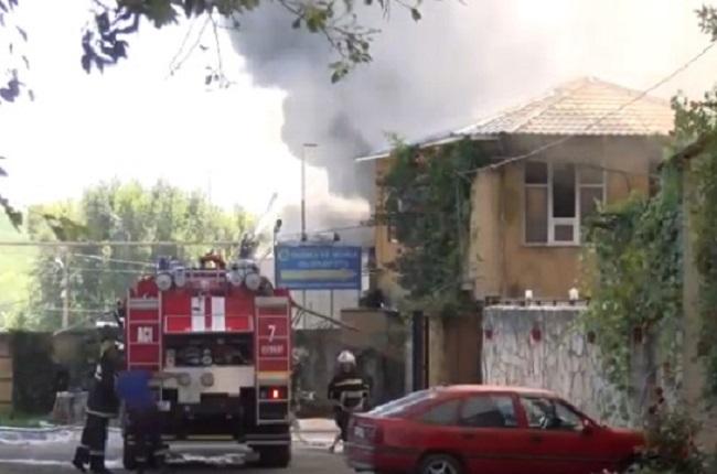 Примар Комрата допускает версию поджога мебельной фабрики (ВИДЕО)