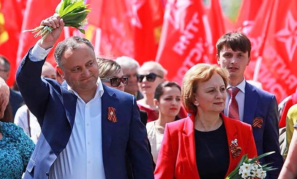Игорь Додон поздравил членов и сторонников Партии социалистов с 21 годовщиной ее учреждения