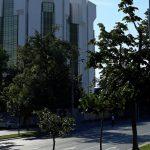 Тротуар у здания президентуры будет отремонтирован до 27 августа