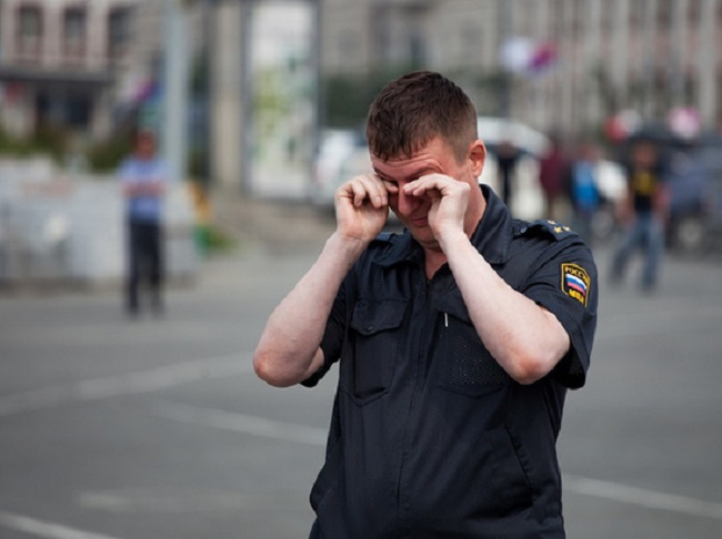 Два молдаванина избили калужского полицейского, за что получили тюремный срок
