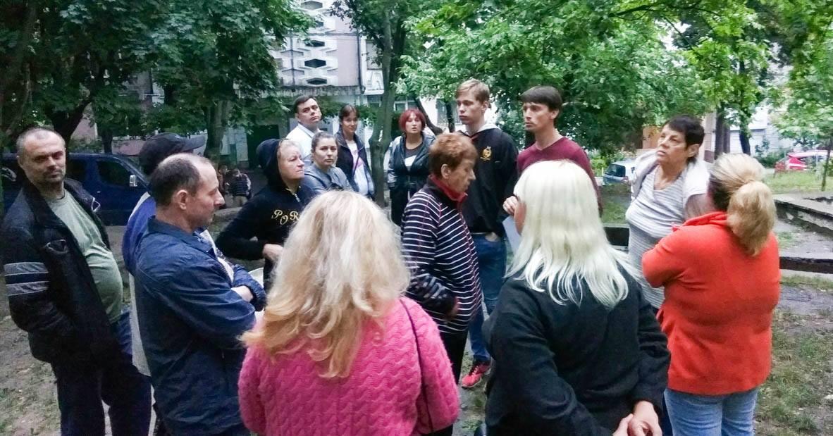 Социалисты берутся за благоустройство двора на Ботанике, где ранее был фонтан с бассейнами (ФОТО)
