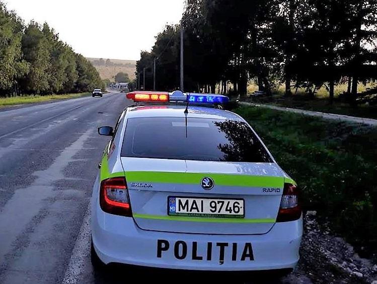 """Алкоголь убивает, а не лечит! Полицейские поймали мотоциклиста, севшего за руль после """"профилактики"""" COVID-19"""