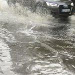 И вновь стихийное бедствие: многие улицы столицы оказались затоплены во время дождя (ФОТО, ВИДЕО)