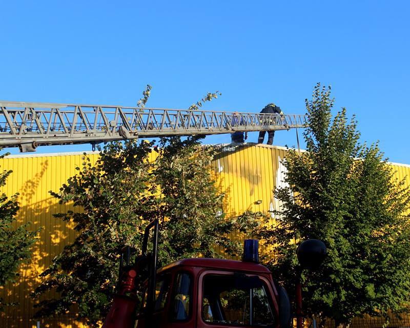На столичной улице Заводской произошел пожар: один человек госпитализирован (ФОТО, ВИДЕО)