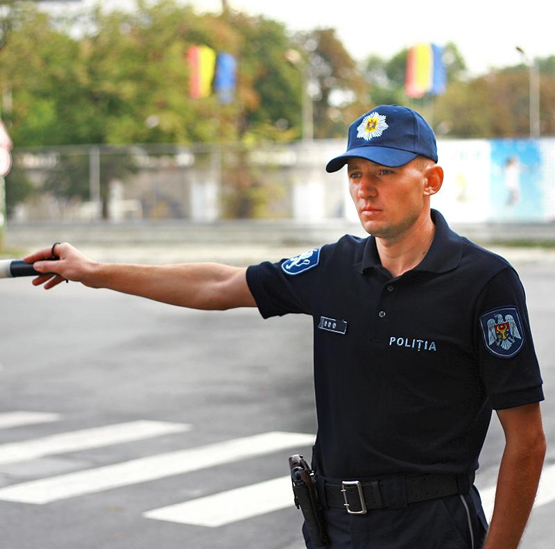 Очередной пьяный водитель попался полиции в столице (ВИДЕО)