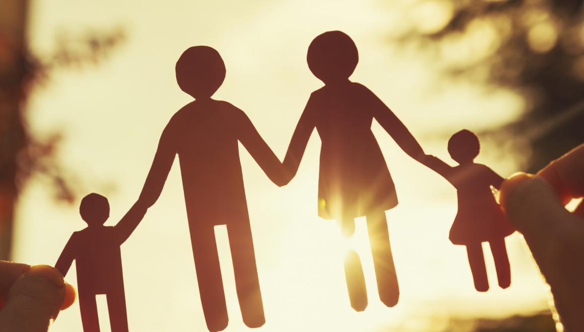 Два варианта на выбор: внесены изменения о предоставлении пособия по уходу за детьми