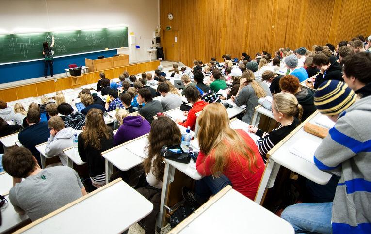 В новом учебном году ВУЗы Молдовы пополнились более чем на 17.600 студентов