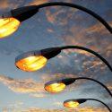 В Каушанах жителям предлагают самим провести уличное освещение: на найм электриков денег нет (ВИДЕО)
