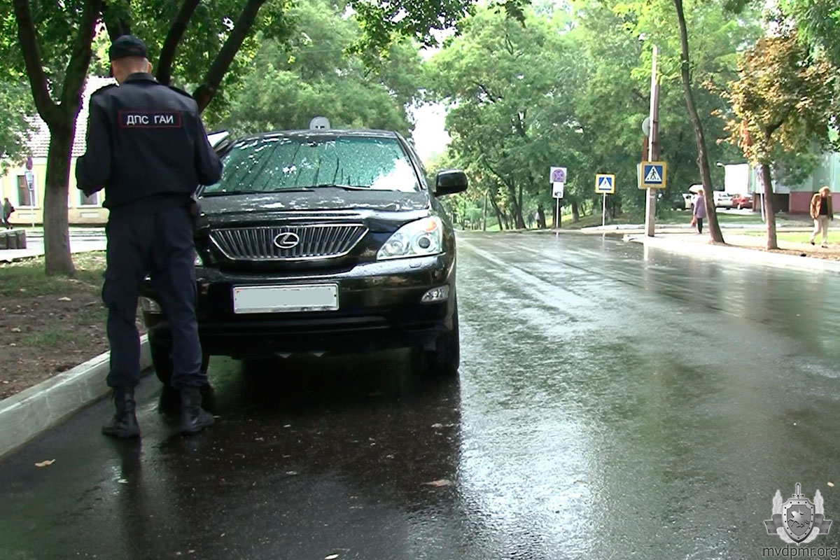 Школьница попала под колеса машины в Тирасполе (ФОТО)