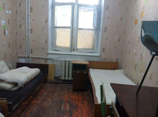 Номера «люкс» для молдавских студентов: десятки учащихся пожаловались на ужасные условия проживания в общежитиях (ФОТО)