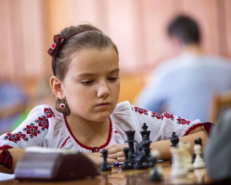 Молдавская сборная по шахматам отправляется на Всемирную шахматную олимпиаду (ФОТО)