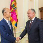 Додон провел встречу с послом Китая в Молдове (ФОТО)