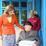 Первая леди навестила с подарками 102-летнего ветерана ВОВ