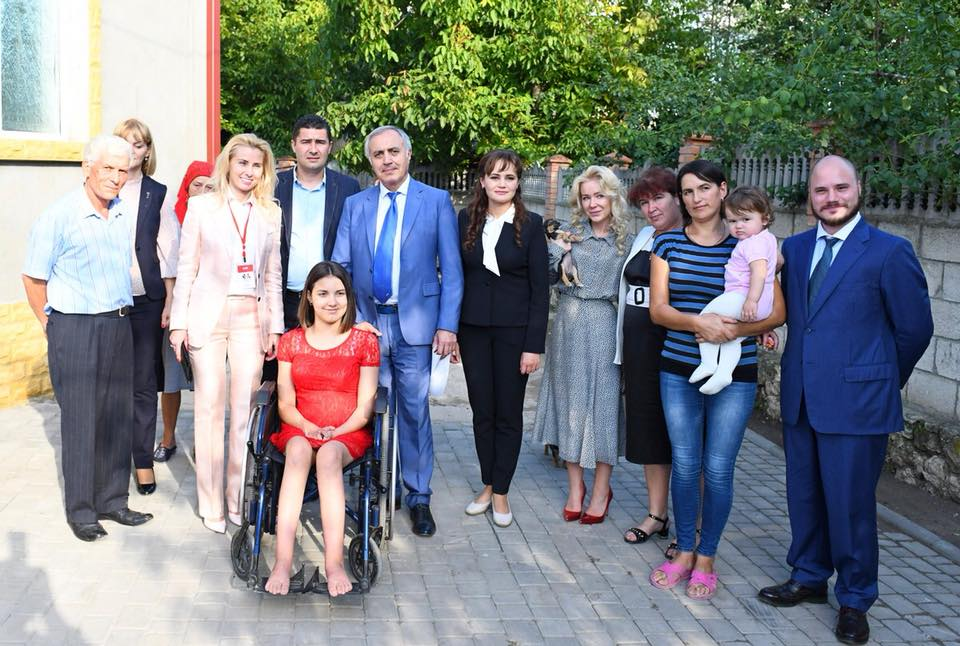 The First Lady Din Suflet Foundation arranged treatment in Moscow for a 12-year-old girl