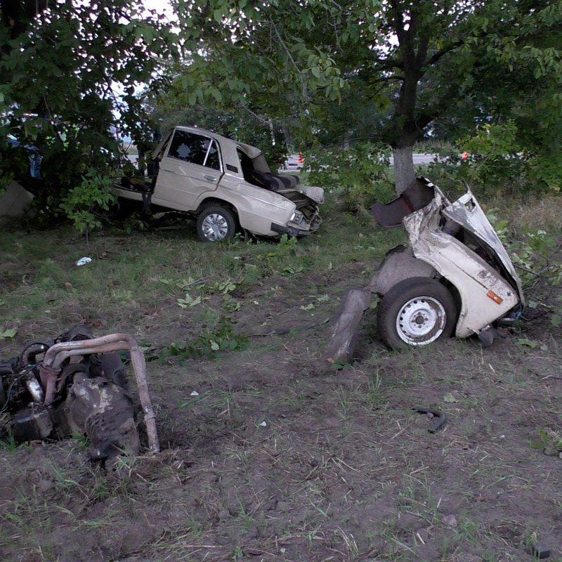Один человек погиб и еще один пострадал в серьезном ДТП в Приднестровье (ФОТО)