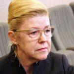 Мизулина удивлена отказом парламентского большинства поддержать инициативу Додона о материнском капитале