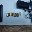 Украинец с пистолетом, молдаванин с поддельными правами: выявлены 2 попытки незаконного пересечения границы (ФОТО)