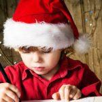 В этом году Академия Деда Мороза ждёт писем не только от детей, но и от взрослых