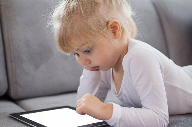 Полиция призывает родителей контролировать доступ детей в Интернет