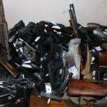 Владельцы оружия гражданского назначения обязаны явиться в полицию до 25 октября