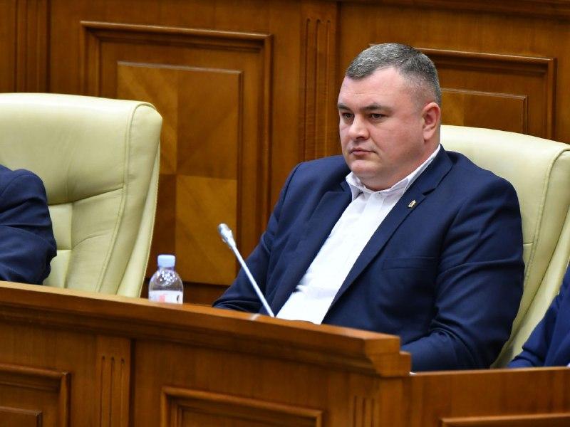 Новак поставил на место желающих включить румынский язык в Конституцию Молдовы (ВИДЕО)