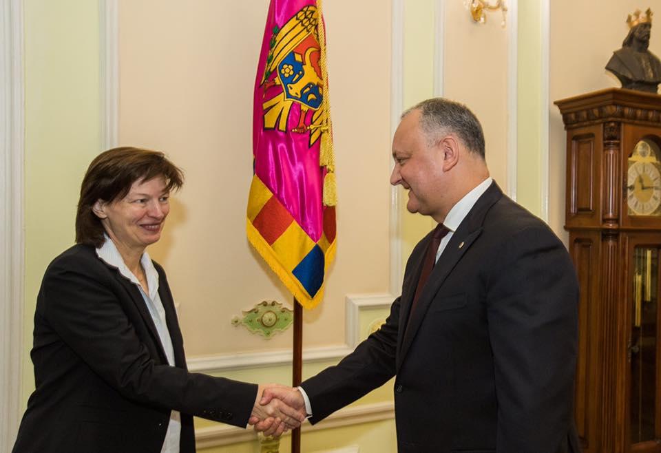 Додон провел встречу с новым послом Германии в Молдове