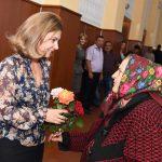 Галина Додон поздравила пенсионеров в трех районах страны с Днем пожилых людей (ФОТО)
