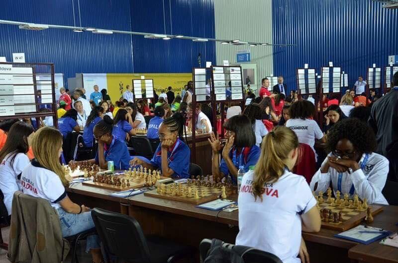 Президент поздравил молдавских шахматистов с выдающимися успехами на Всемирной шахматной олимпиаде