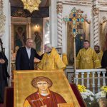 Сотни христиан собрались в Комрате для поклонения мощам целителя Пантелеймона (ФОТО)