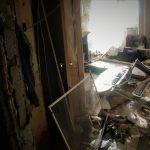 Квартиры, в которых некогда жили люди, стали похожи на руины: ГИЧС опубликовал фотографии с места ЧП (ФОТО)