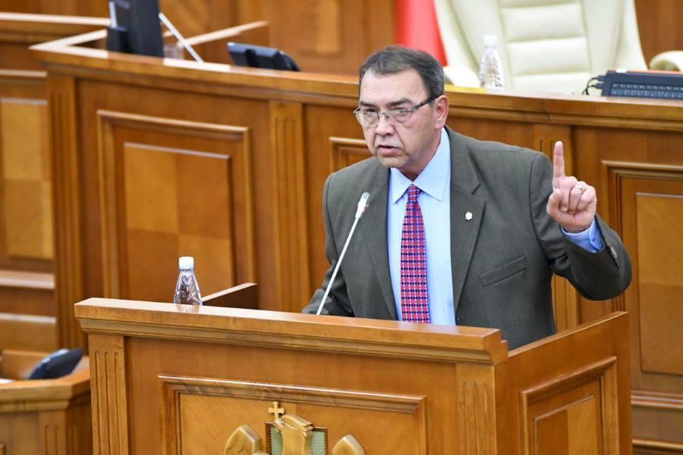 Головатюк – «акумовцам»: С каких пор МВФ стал для вас диктатором, а не партнером Молдовы? (ВИДЕО)