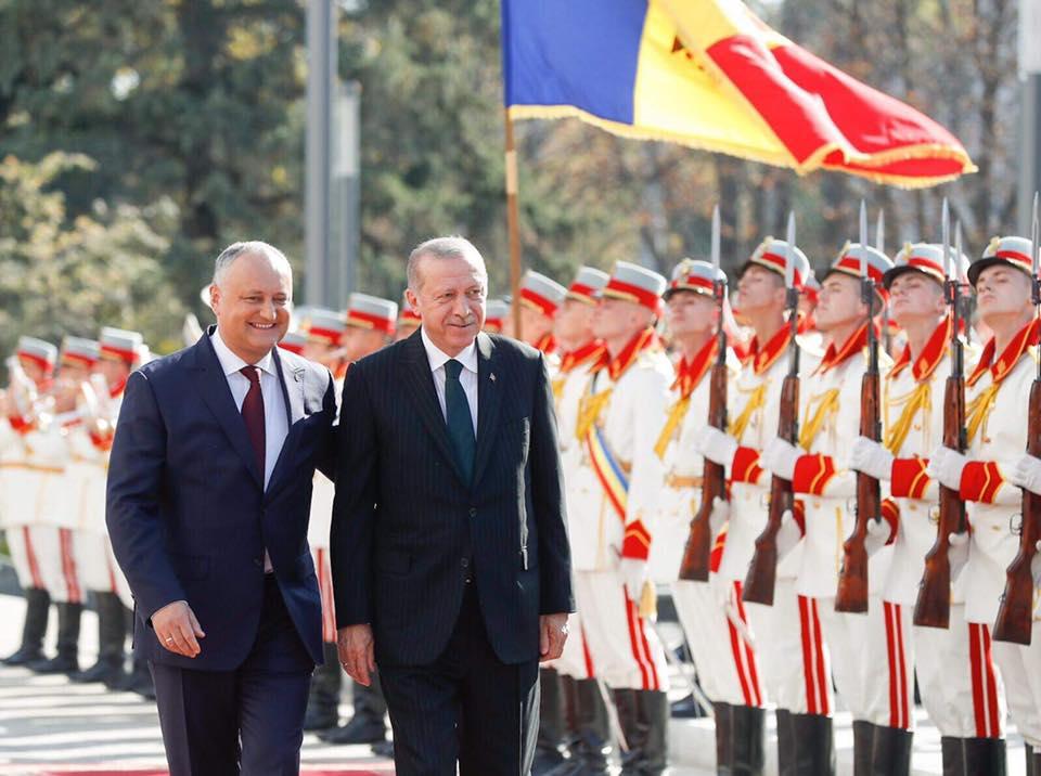 Додон поздравил Эрдогана и народ Турции с Национальным днем Турецкой республики