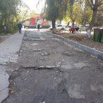 По инициативе социалистов дорожное покрытие восстановят в еще одном дворе на Чеканах (ФОТО)