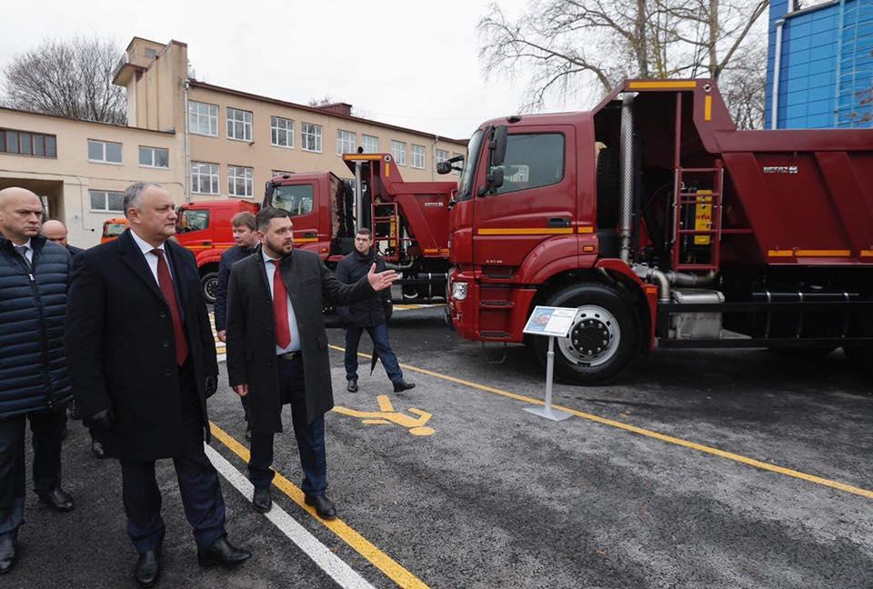 Сказано – сделано: Российская Федерация передала Молдове партию грузовых автомобилей (ФОТО)