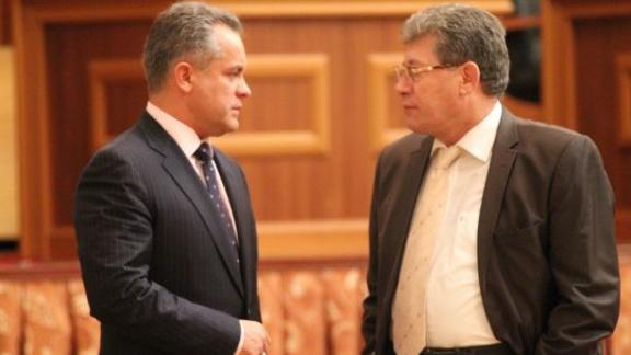 """""""Сначала румынский язык, потом евроинтеграция"""": либералы выдвинули условие демократам"""