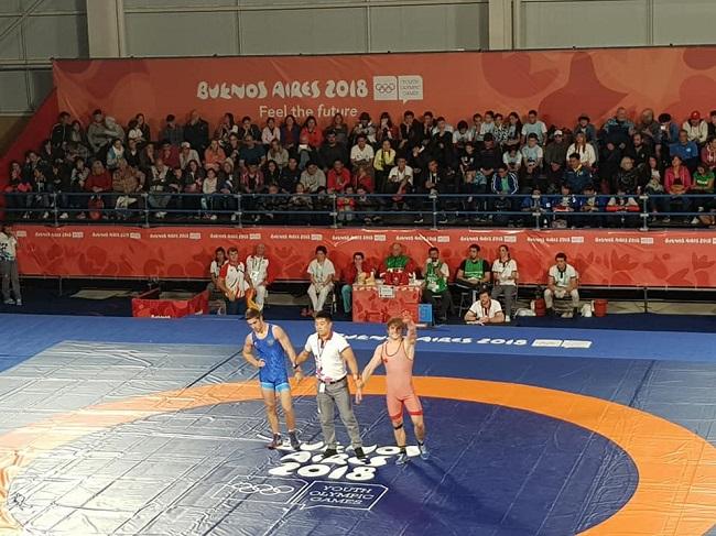 Igor Dodon congratulated wrestler Alexandrin Gutsu, who won the gold medal at the Youth Olympic Games