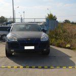 Чтобы вернуть Porsche, молдаванин предъявил пограничникам фальшивую доверенность