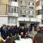 Женщину, в чьей квартире произошел взрыв на Рышкановке, проводили в последний путь