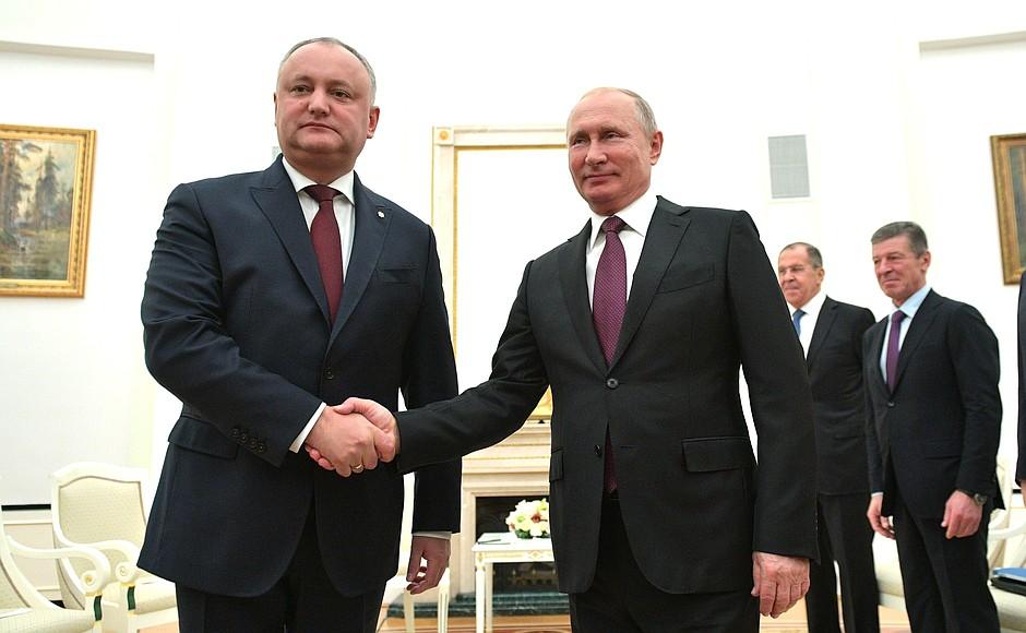 Додон встретился с Путиным в Москве (ВИДЕО)