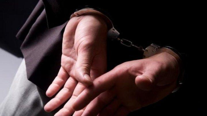 В Бубуечь задержан мужчина, занимавшийся подделкой документов и денег (ВИДЕО)