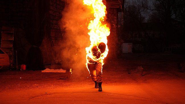 Попытка суицида в Ставченах: мужчина облил себя бензином и поджёг