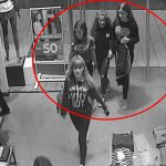 Полиция разыскивает 4 девушек, подозреваемых в краже одежды (ВИДЕО)