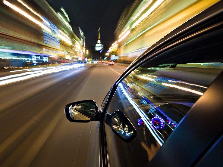 """""""Шумахеры"""" на дороге: два водителя гнали со скоростью выше 160 км/ч (ФОТО)"""