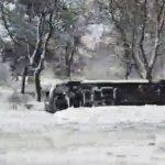 Непогода бушует: ещё один пассажирский микроавтобус перевернулся в Сочитень