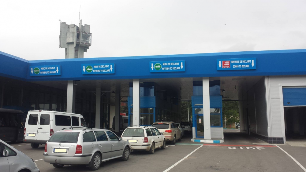 Таможенная служба уточнила правила пребывания автомобилей с иностранными номерами