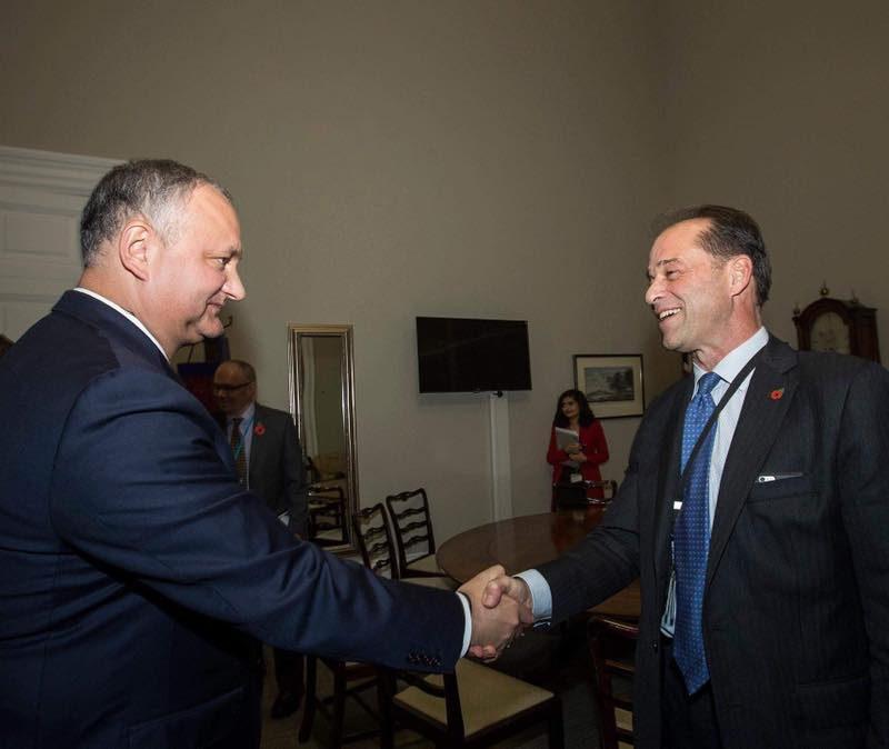 Президент встретился с госминистром Великобритании по вопросам международной торговли (ФОТО)