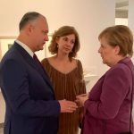 Додон поздравил Меркель с днем рождения