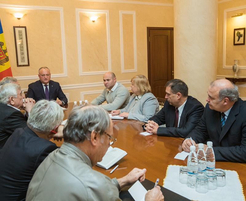 Президент подписал указ об объявлении 2019 года – годом семьи в Молдове (ФОТО)